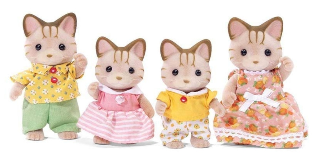 Calico Critters Sandy Cat Family. All Standing in a row together