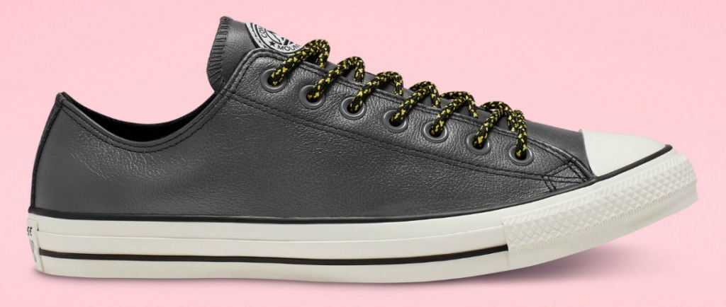 Converse leather sneaker in black with black laces