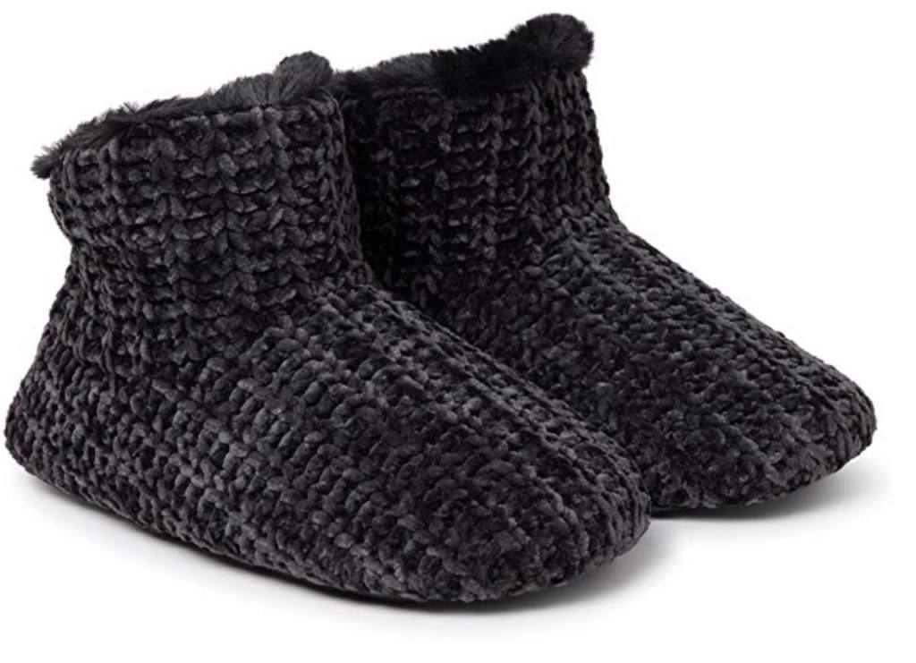 black Dearfoams Women's Chenille Bootie Slipper