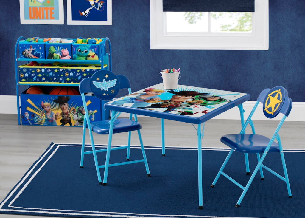 Disney Pixar Room Set with table and toy organizer