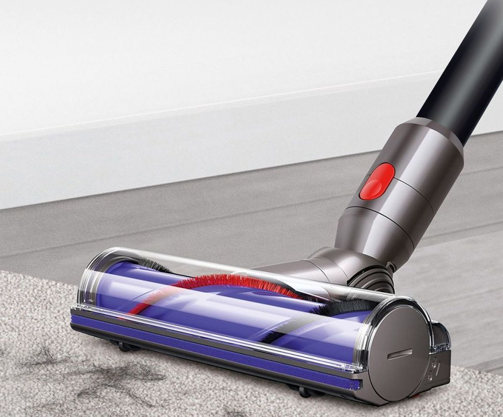 Dyson Absolute cleaning floor
