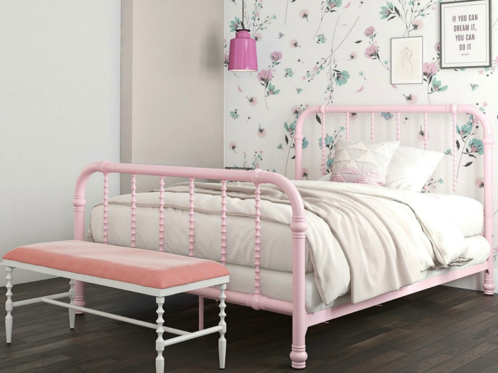 Full-Size Robyn Slat Bed in pink