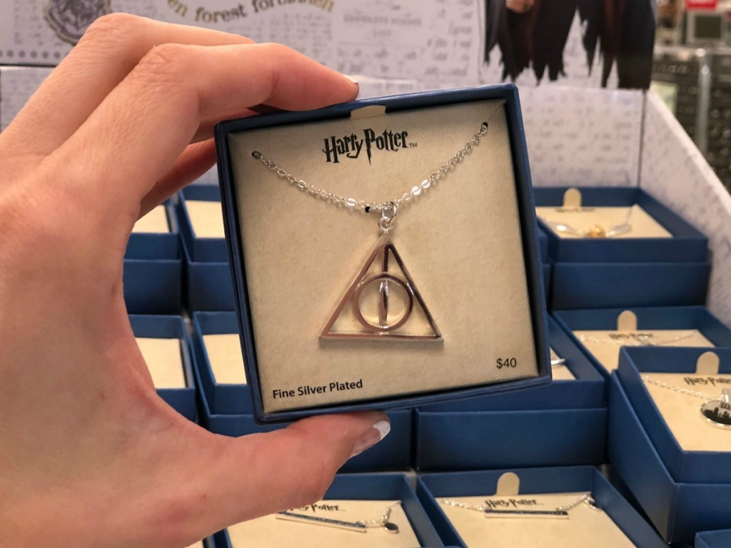 Harry Potter themed necklace in gift box