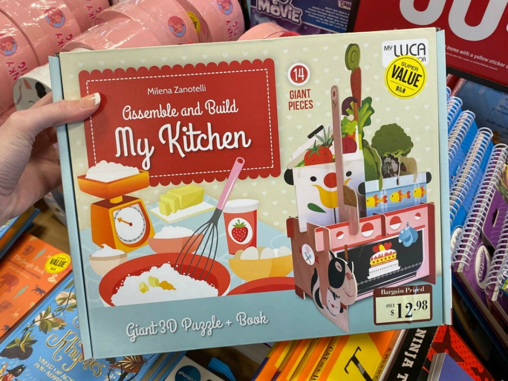 Kitchen themed giant puzzle with book set