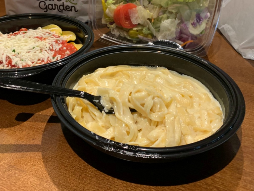 Olive Garden to-go bowl of alfredo pasta