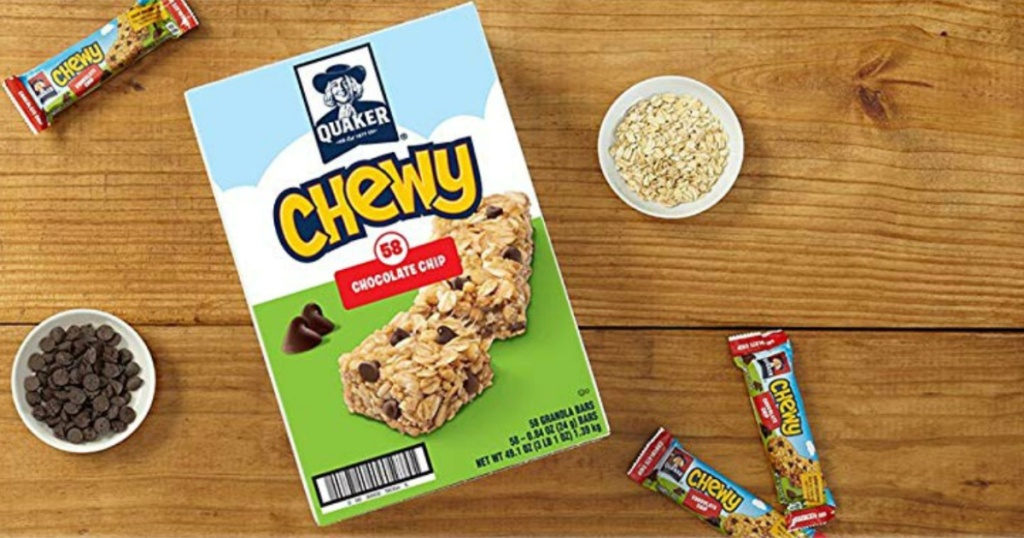 box of quaker chewy bars on table