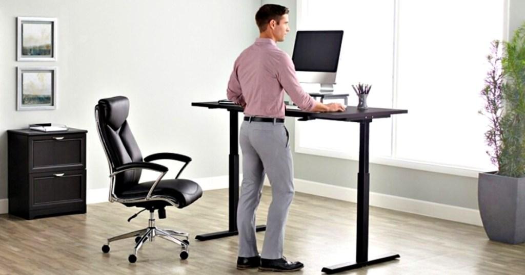 Realspace Magellan 60_W Pneumatic Height-Adjustable Standing Desk