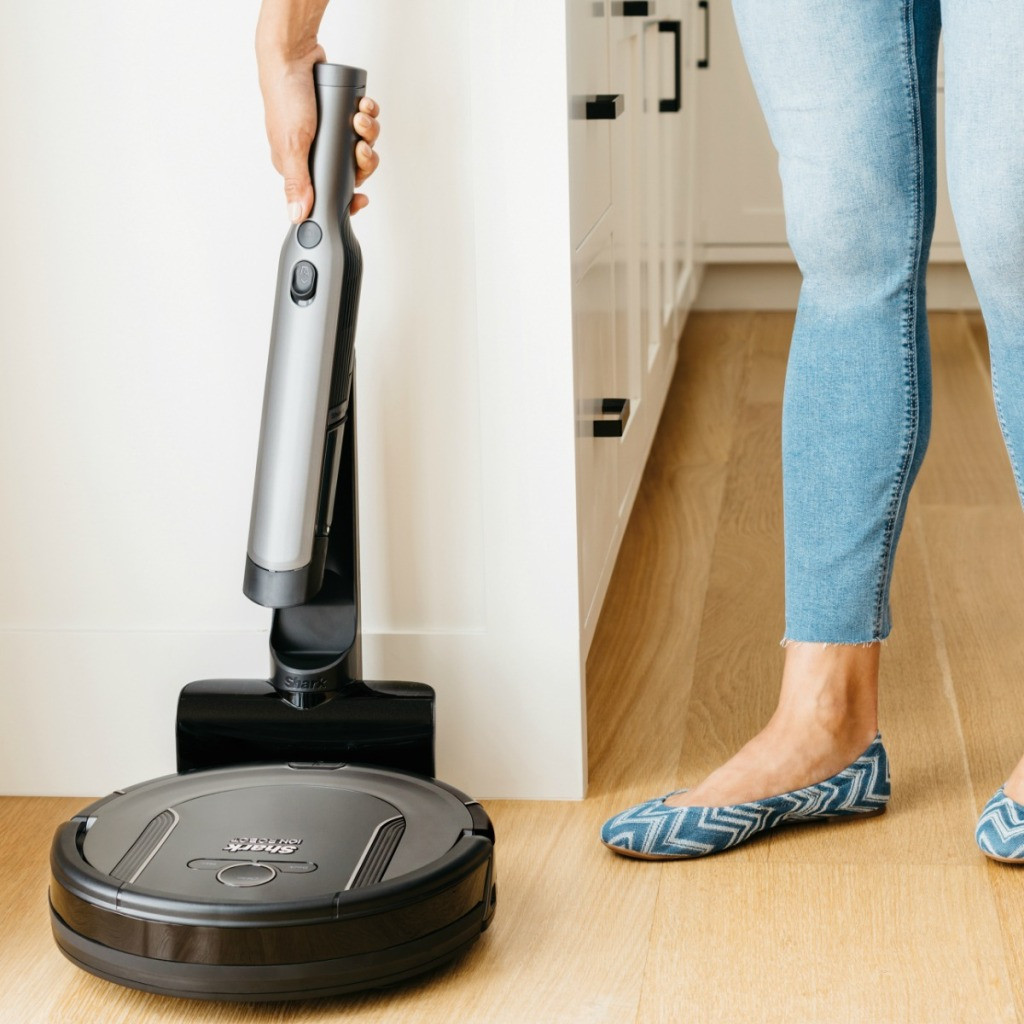 Shark brand vacuum with removable handle