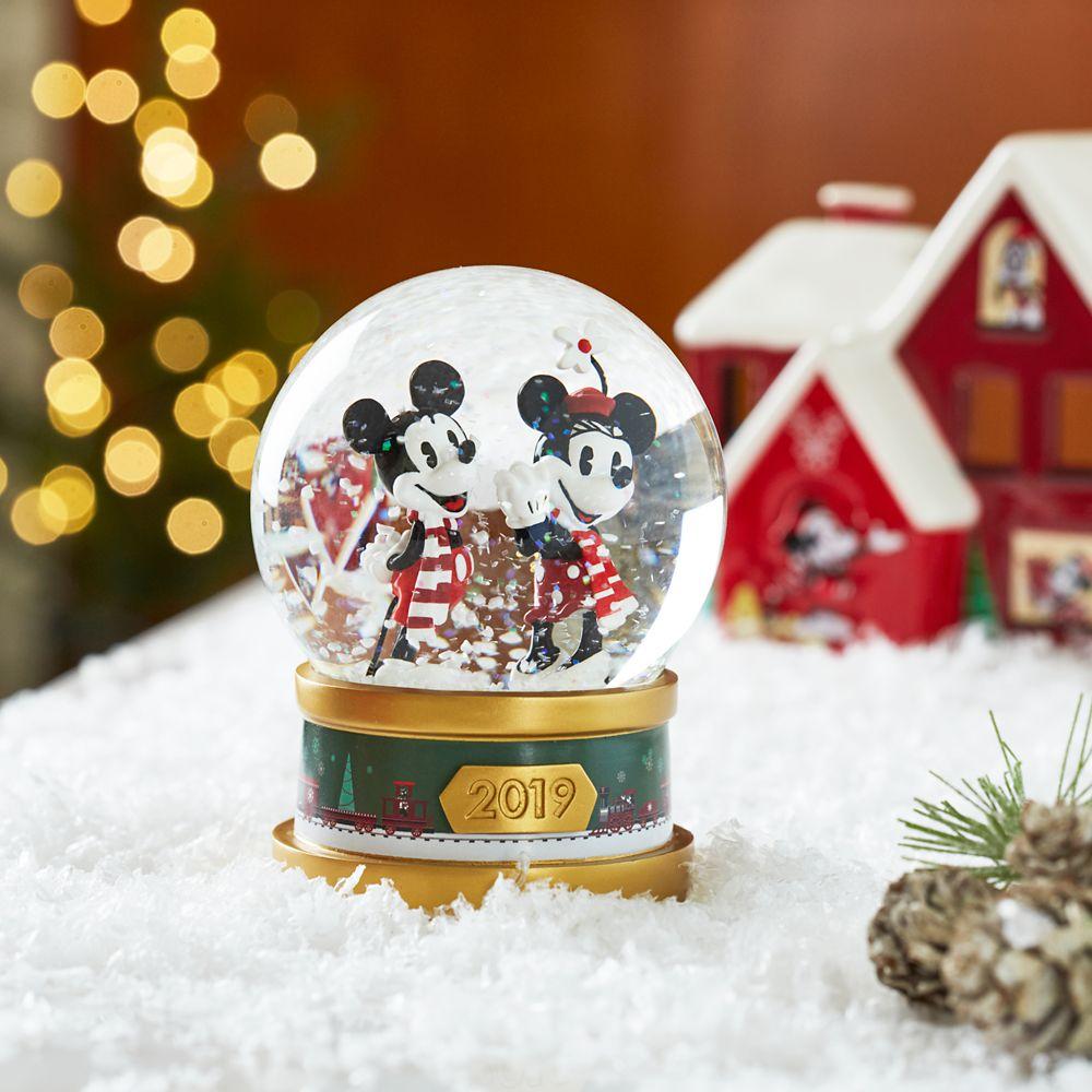 Mickey & Minnie Mouse Snowglobe