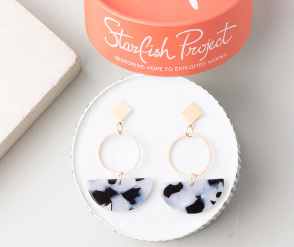Starfish Project Resin Earrings in box