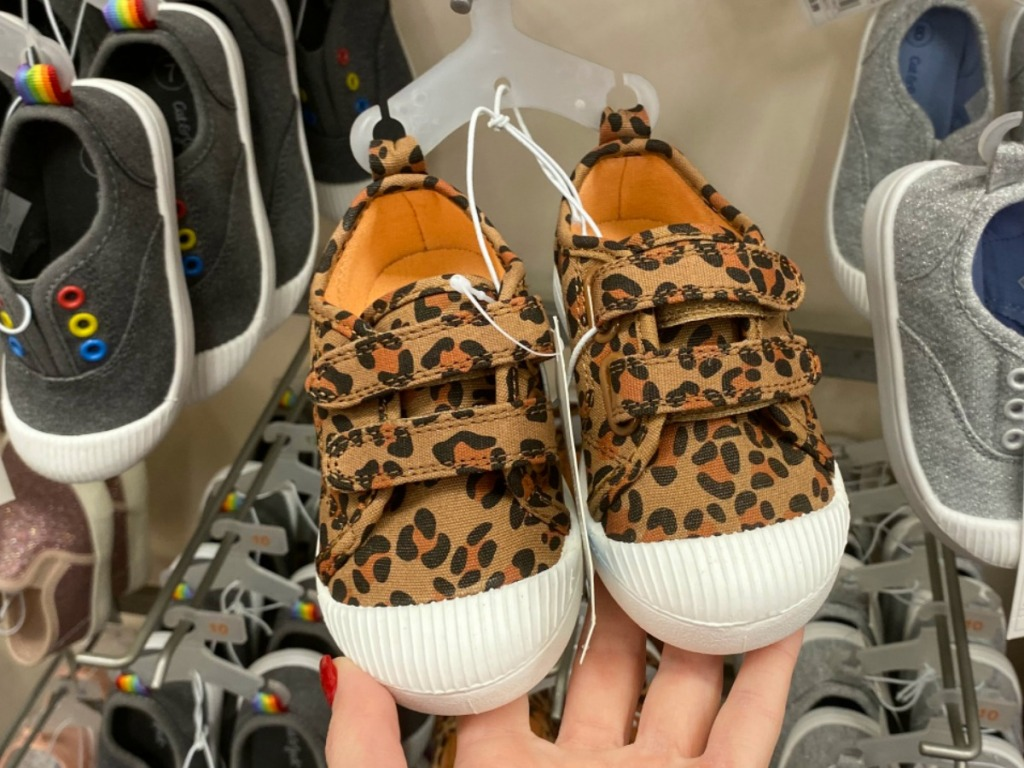 Toddler Girls shoes in leopard print