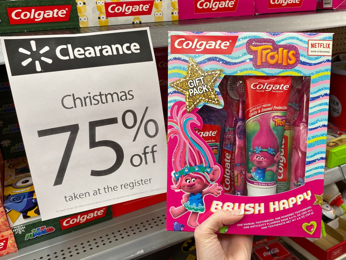 Colgate Trolls Toothbrush Set