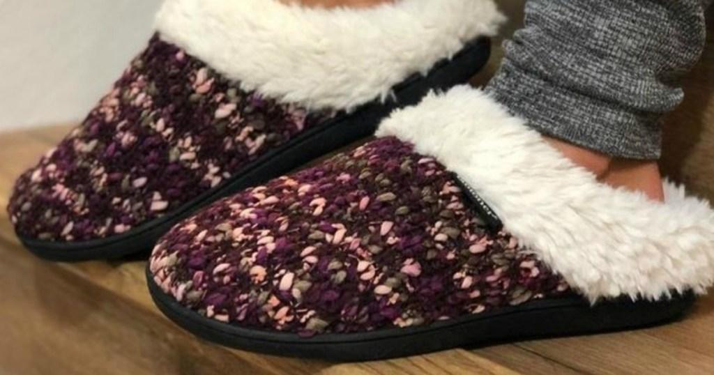 Woman wearing Women's Amanda Sweater Knit Hoodback Slippers