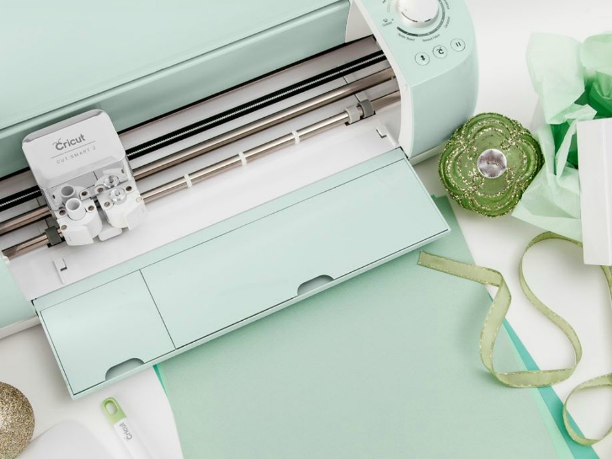 paper cutting machine on table by accessories