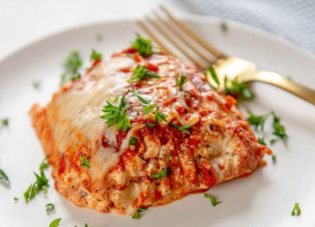 easy crock pot lasagna on plate