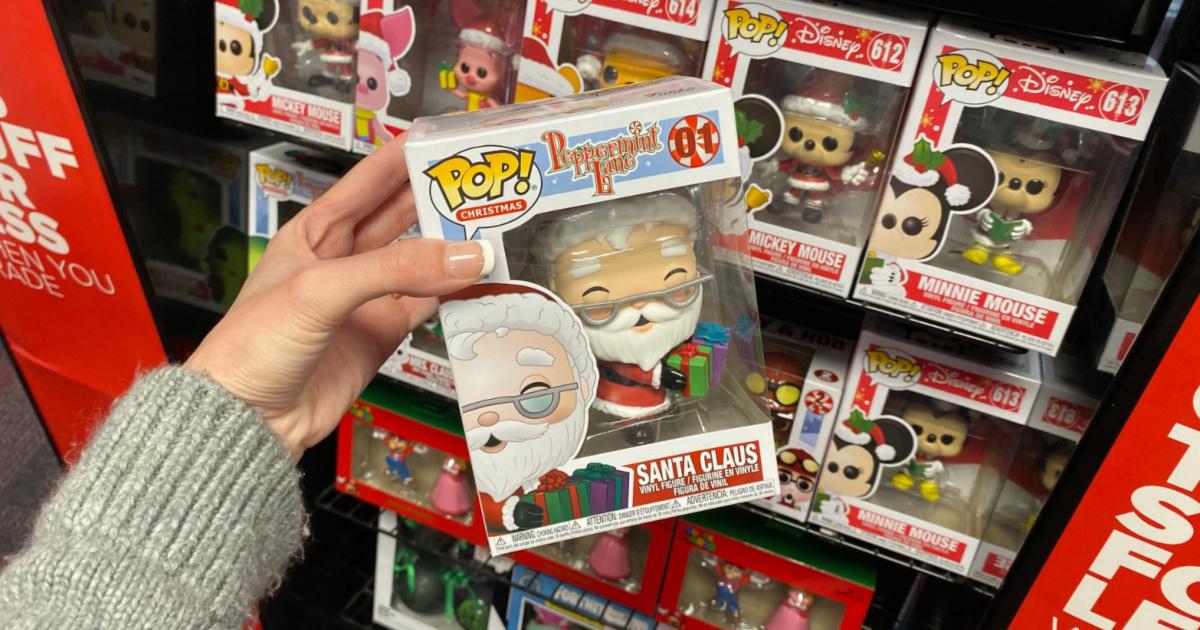 POP! Christmas: Peppermint Lane Santa Claus in store