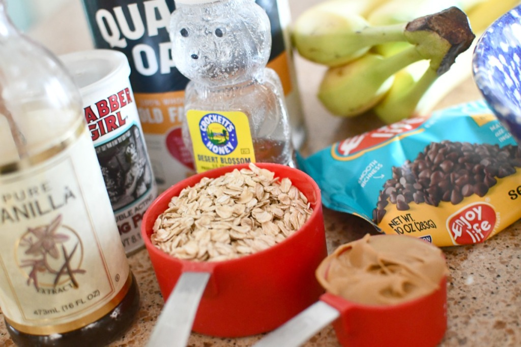 ingredients for baked oatmeal squares