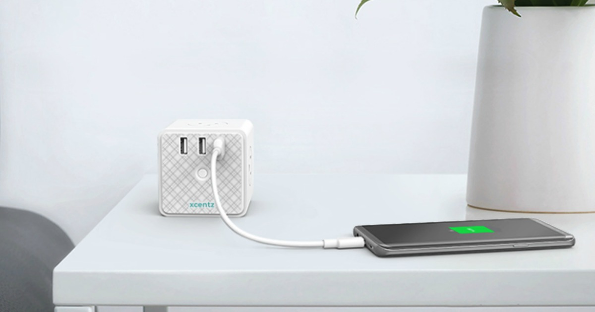 xcentz power cube charging a tablet