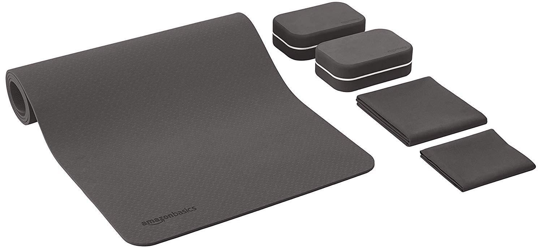 AmazonBasics Yoga mat with blocks and a towel
