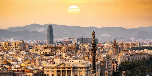 Roundtrip Flights from Boston to Barcelona Only $191 on Kayak