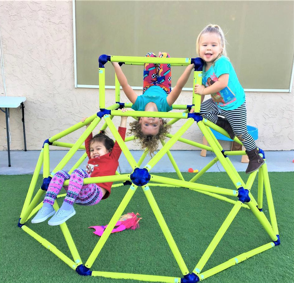 Eezy Peezy Dome Climber with kids on it-2