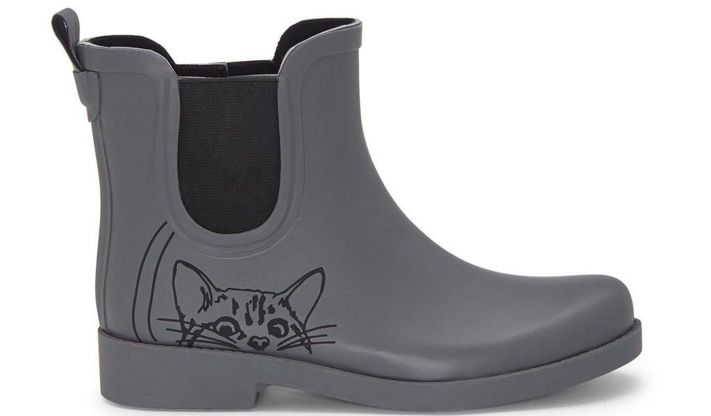 Ellen DeGeneres Peeking Cat Boot