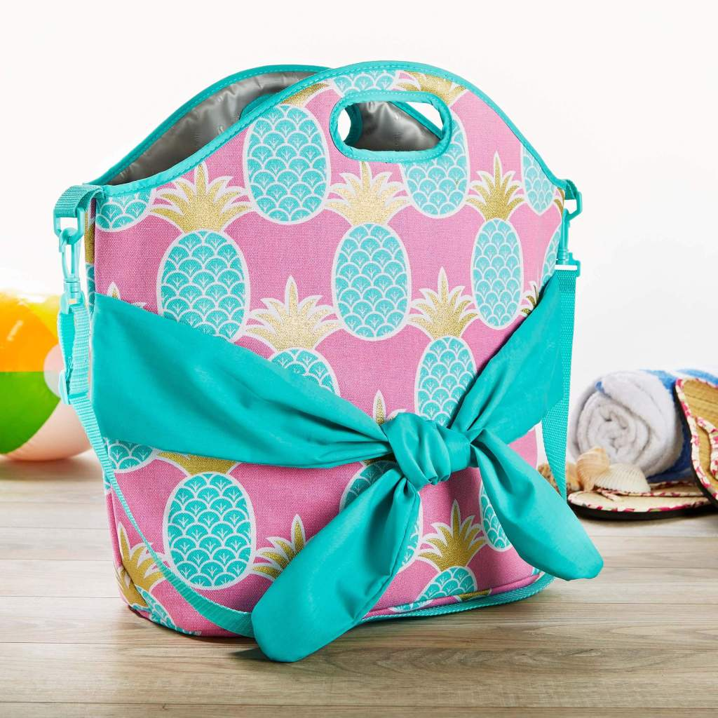 Fit & Fresh Pineapple Beach Bag on countertop