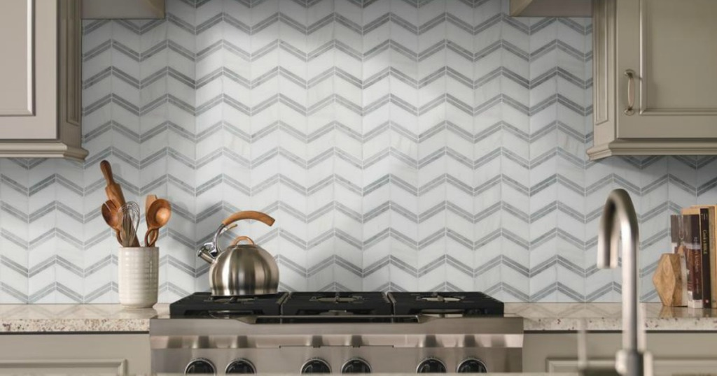 kitchen with backtile