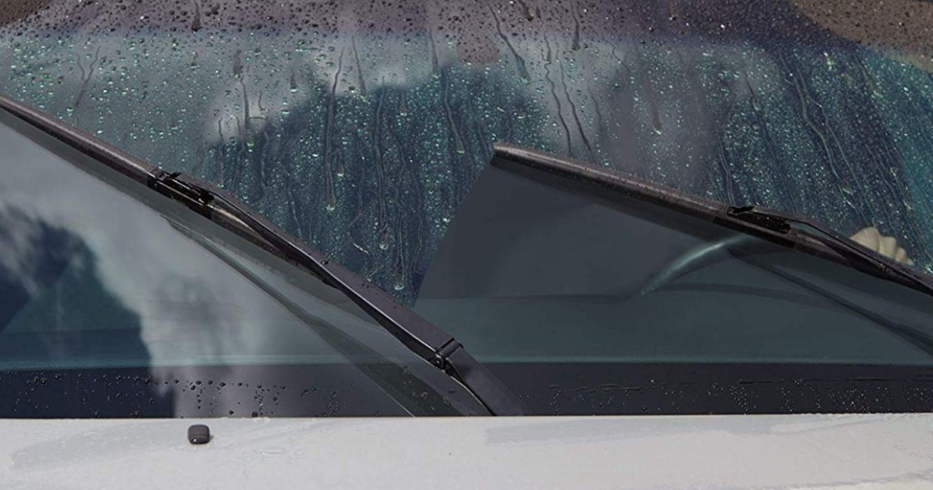 windshield wipers on car during rain