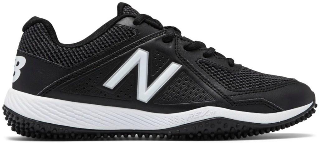 Black and white boys baseball shoe