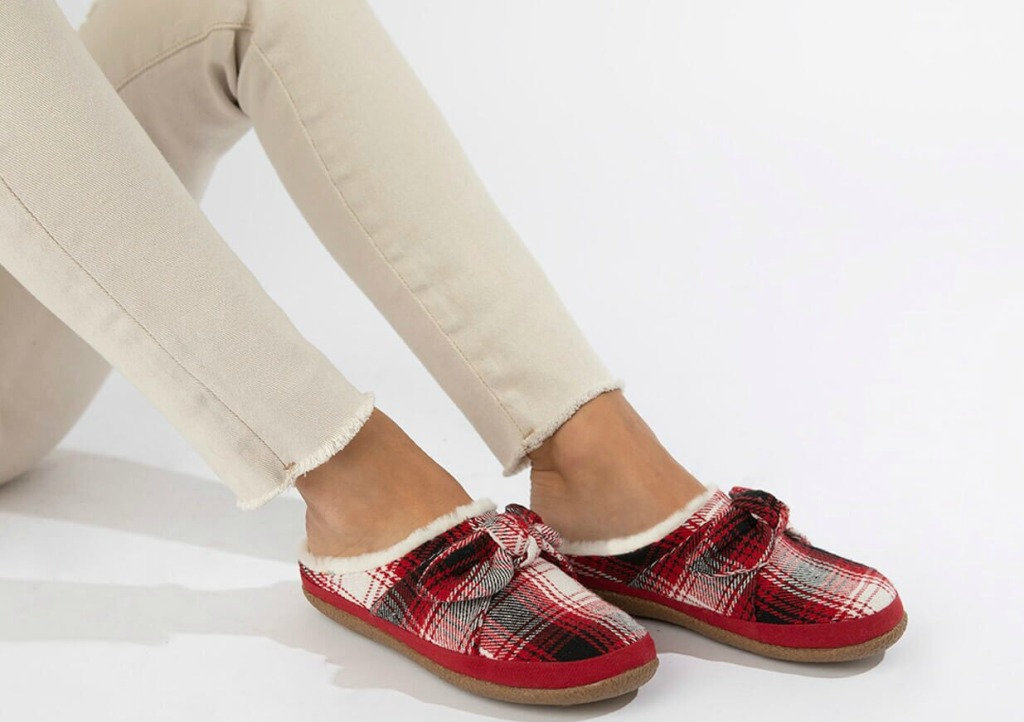 woman wearing TOMS Women's Red Plaid and Bow Ivy Slippers