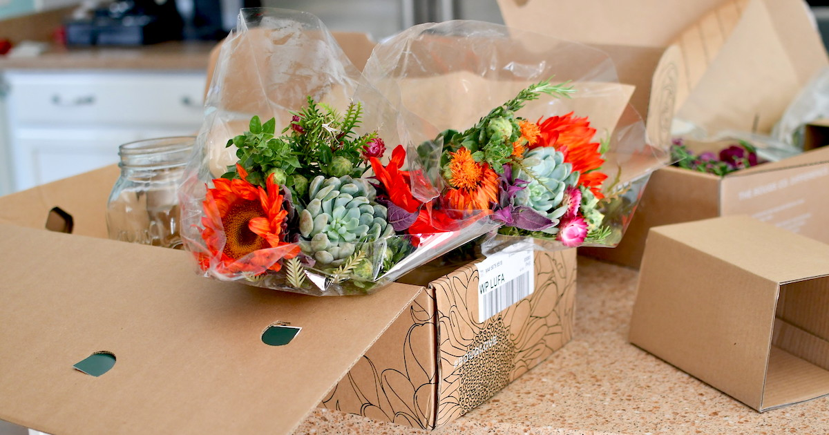 8 Best Flower Delivery Companies At The Cheapest Prices Hip2save