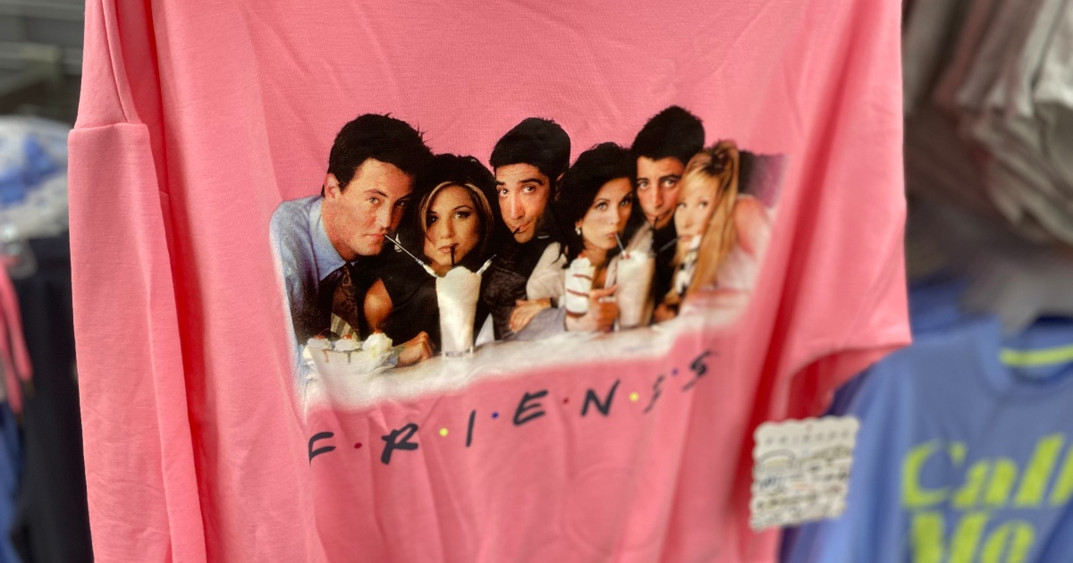 Pink shirt with cast of Friends on it