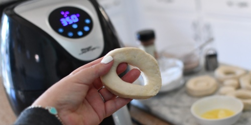 Got 5 Minutes? Make these Air Fryer Donuts!