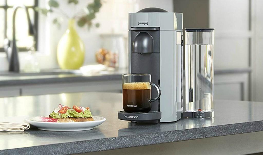 nespresso vertuo plus single-serve coffee maker