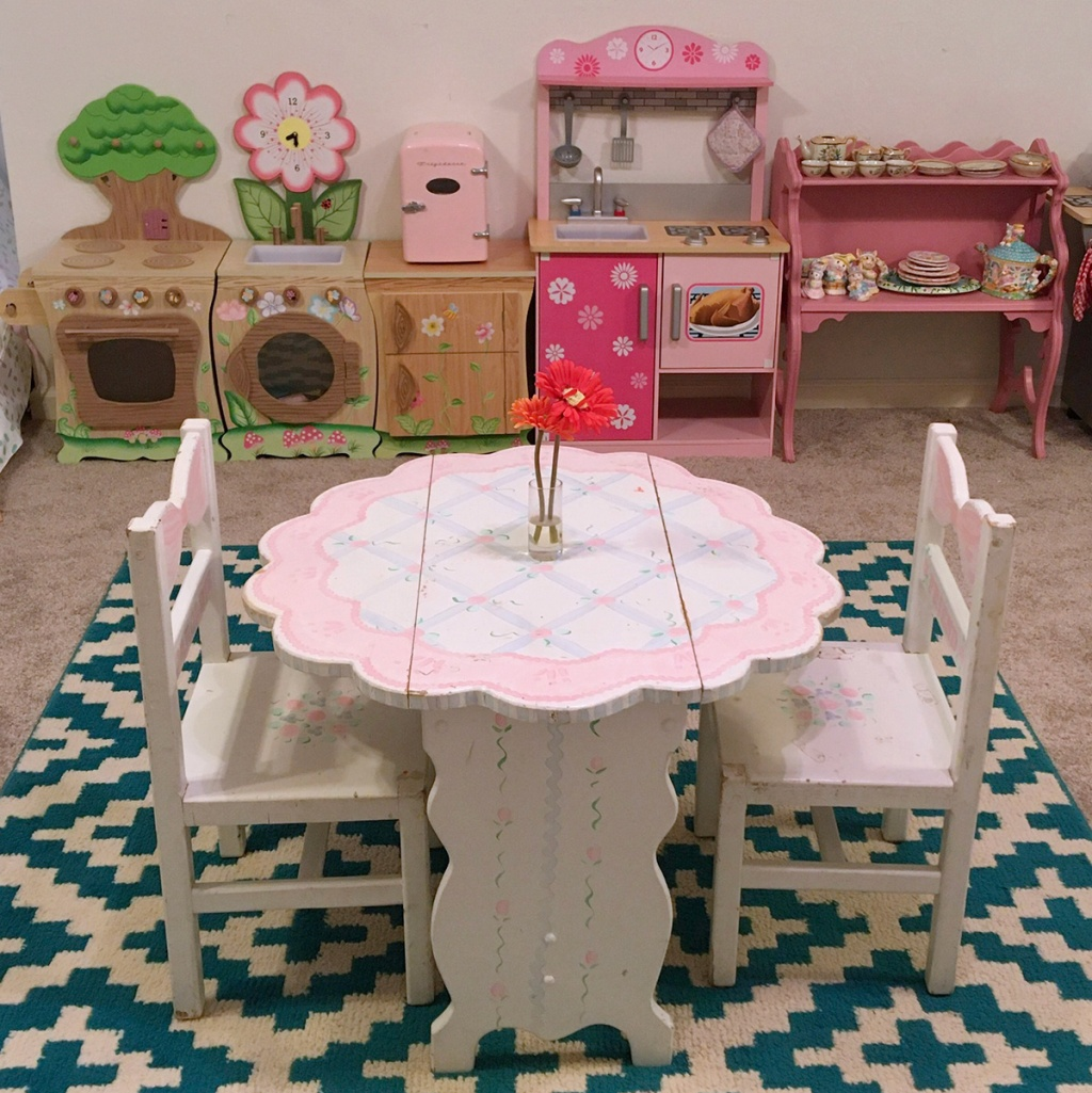 Dining Room Play: This Reader Created A Play Room For Her Daughter's On A