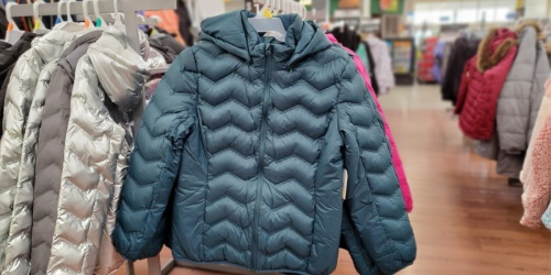 Time and Tru Women's Puffer Coats Only $15 at Walmart (Regularly $25)
