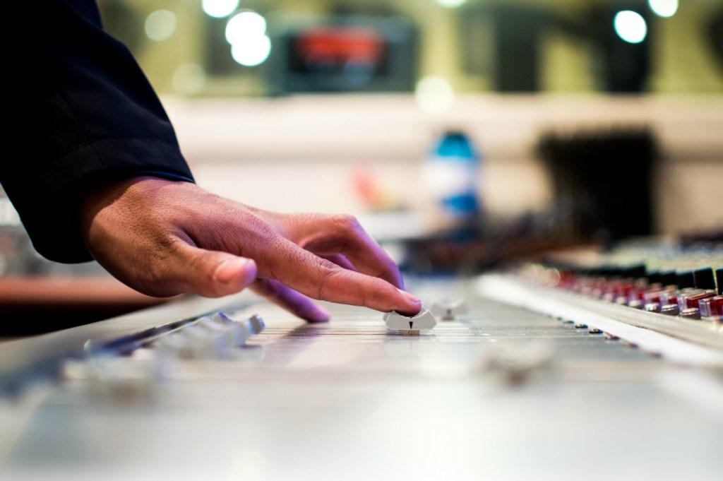 hand playing music
