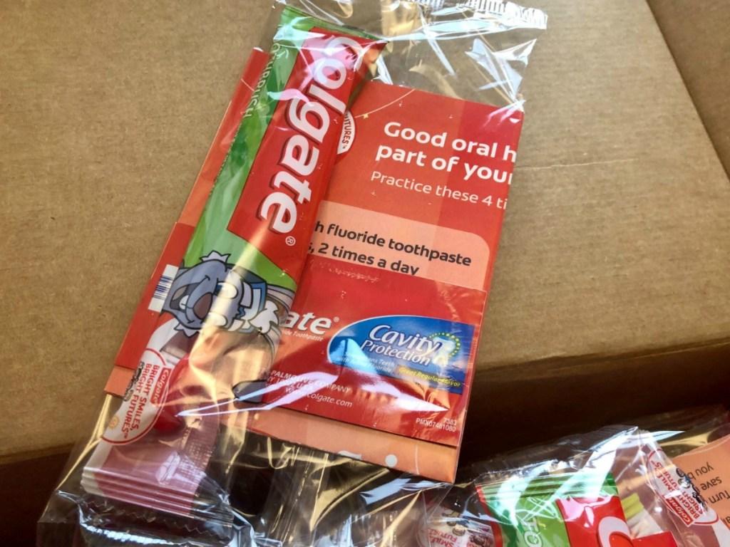 Colgate Toothbrush Sample Pack