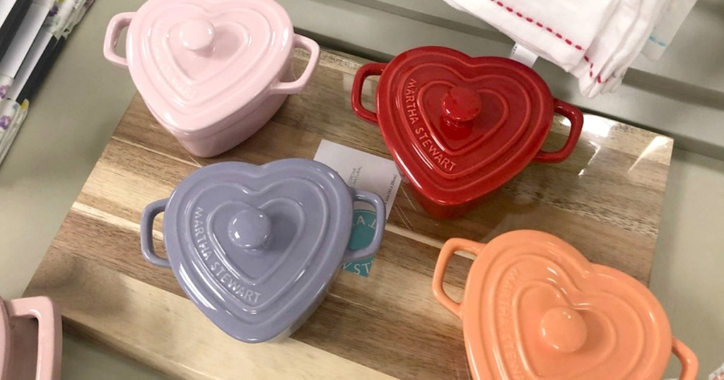 heart shaped cooking pots with lids