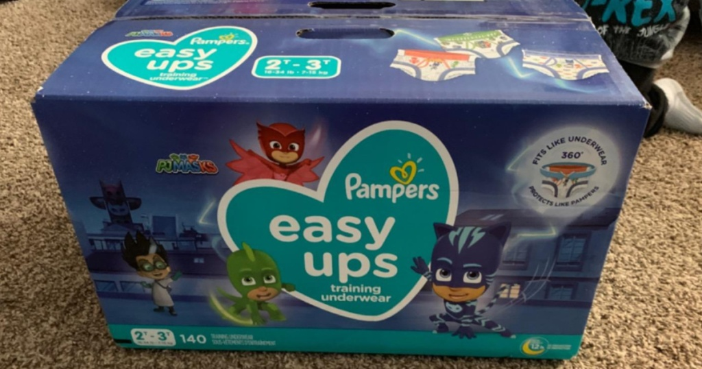 Box of 140 size 4 Pampers diapers