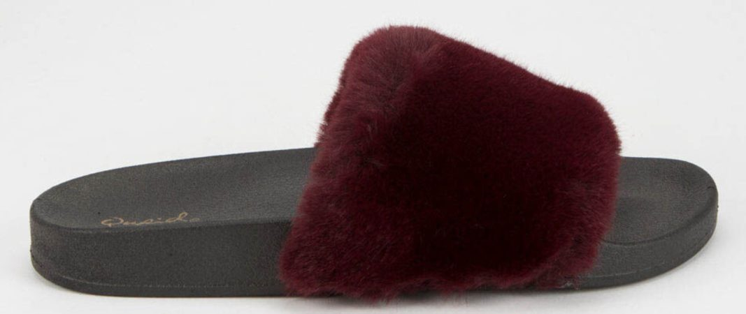 Faux red fur on women's slides