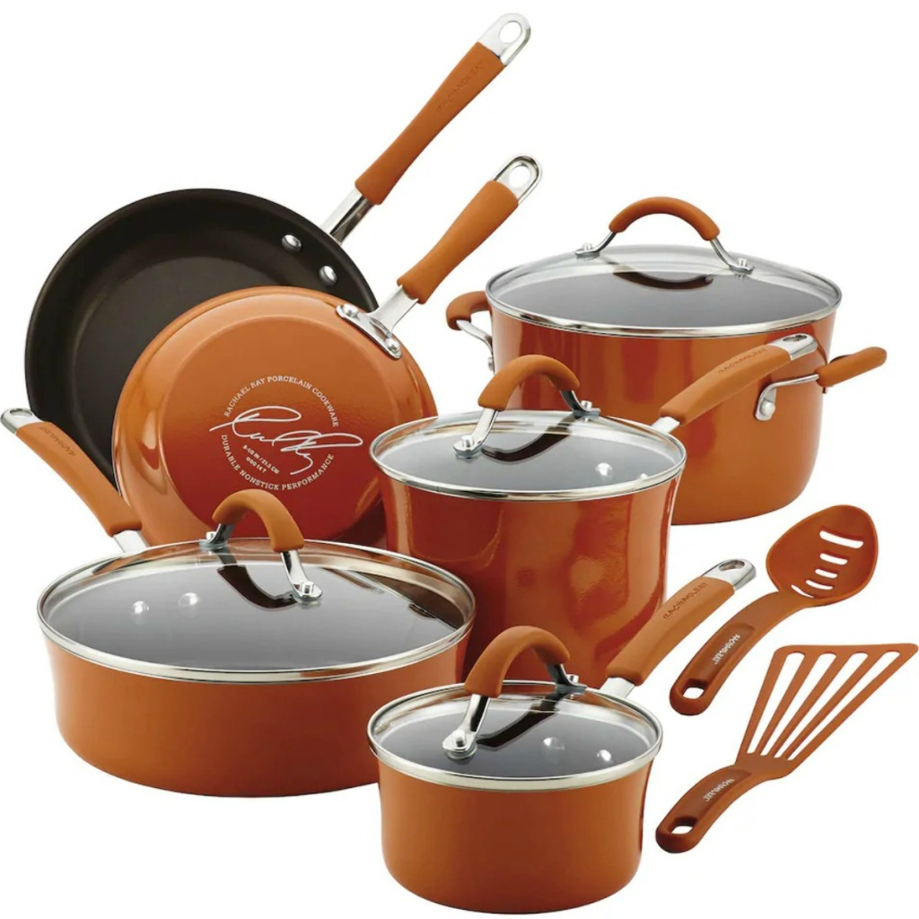 Large collection of matching cookware