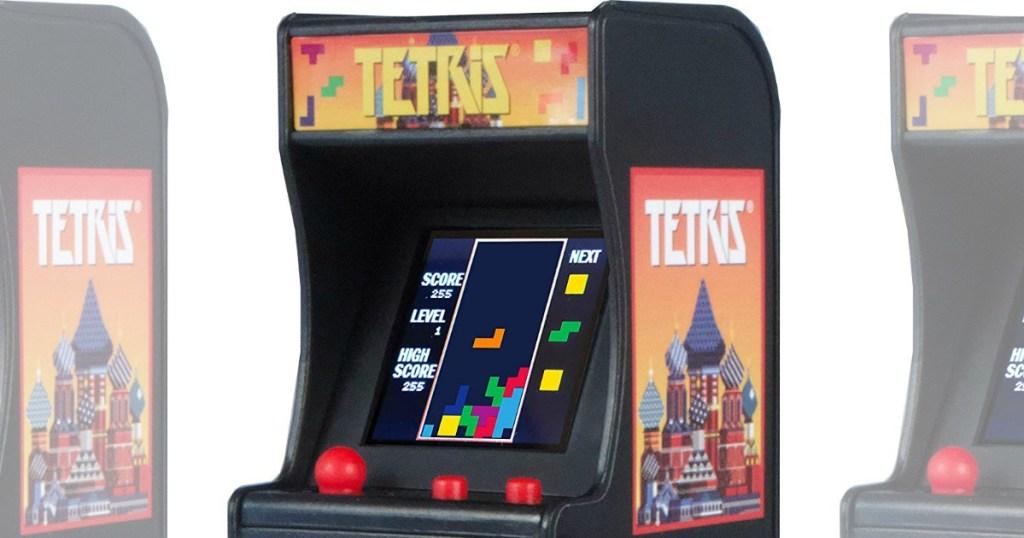Tetris mini arcade game game play view