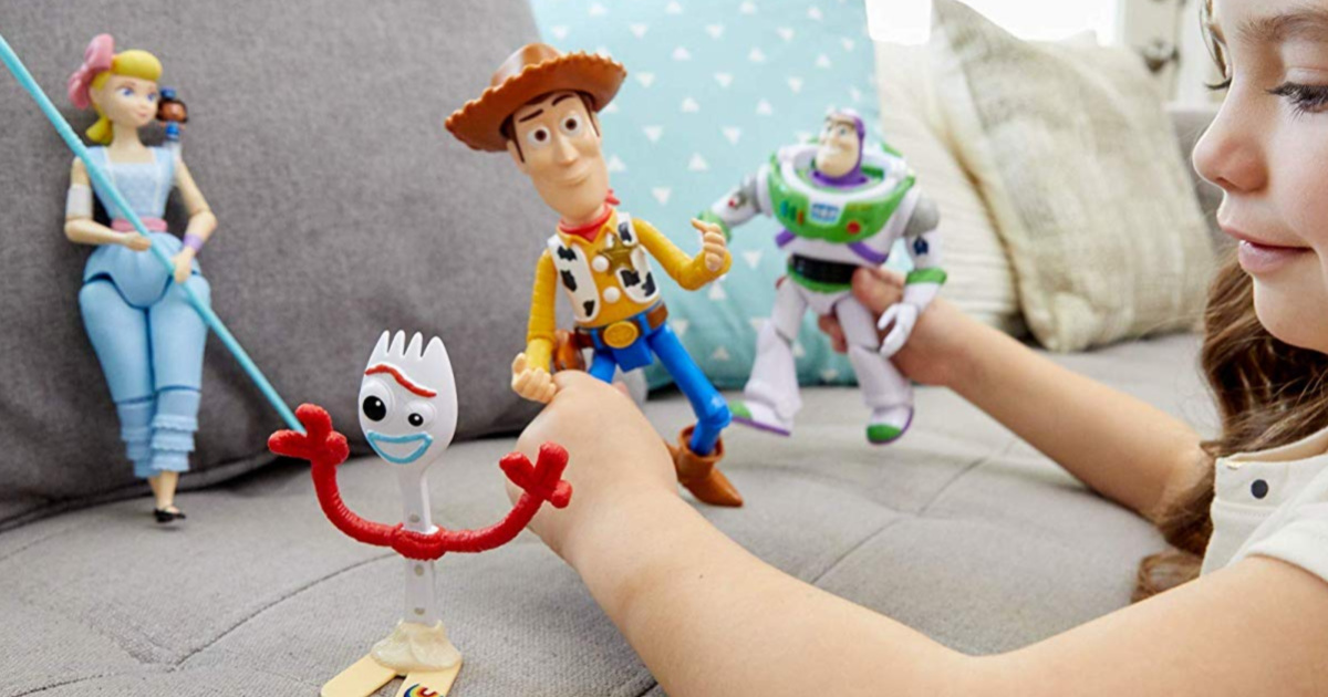 disney toy story 4 action figures playing