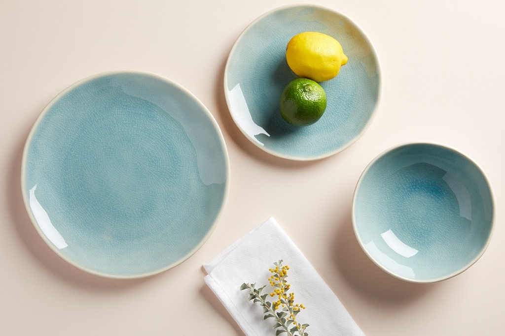 Blue plates and bowls on a tabletop