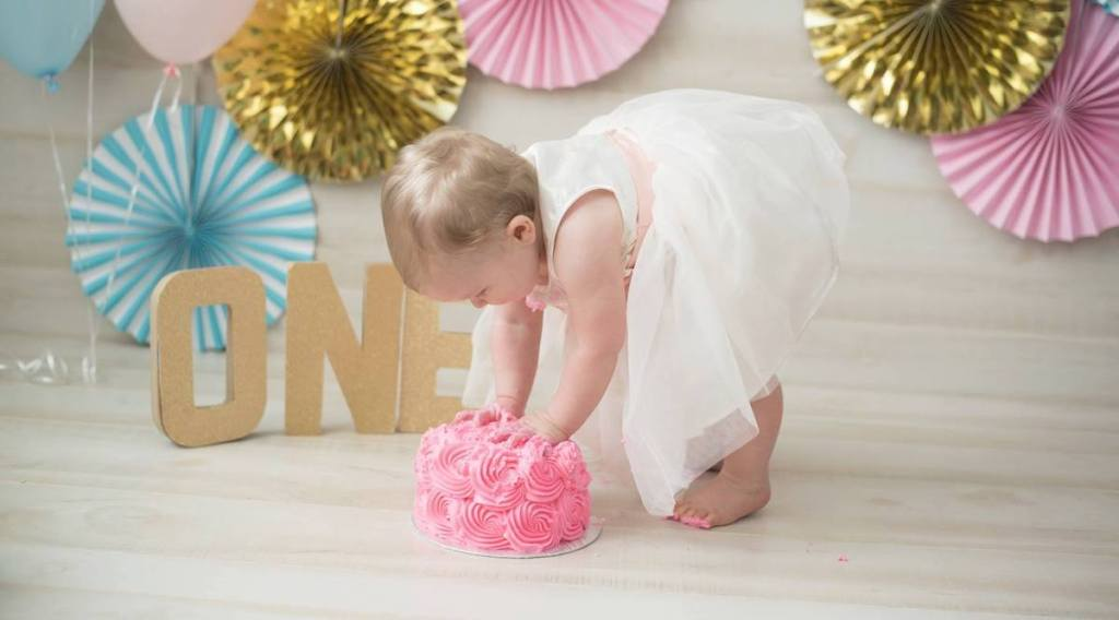 Enjoyable 17 Stores Offer Free Smash Cakes For Babys First Birthday Hip2Save Personalised Birthday Cards Veneteletsinfo