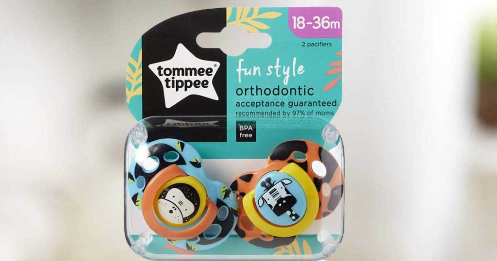 2 pack of tommee tippee pacifiers