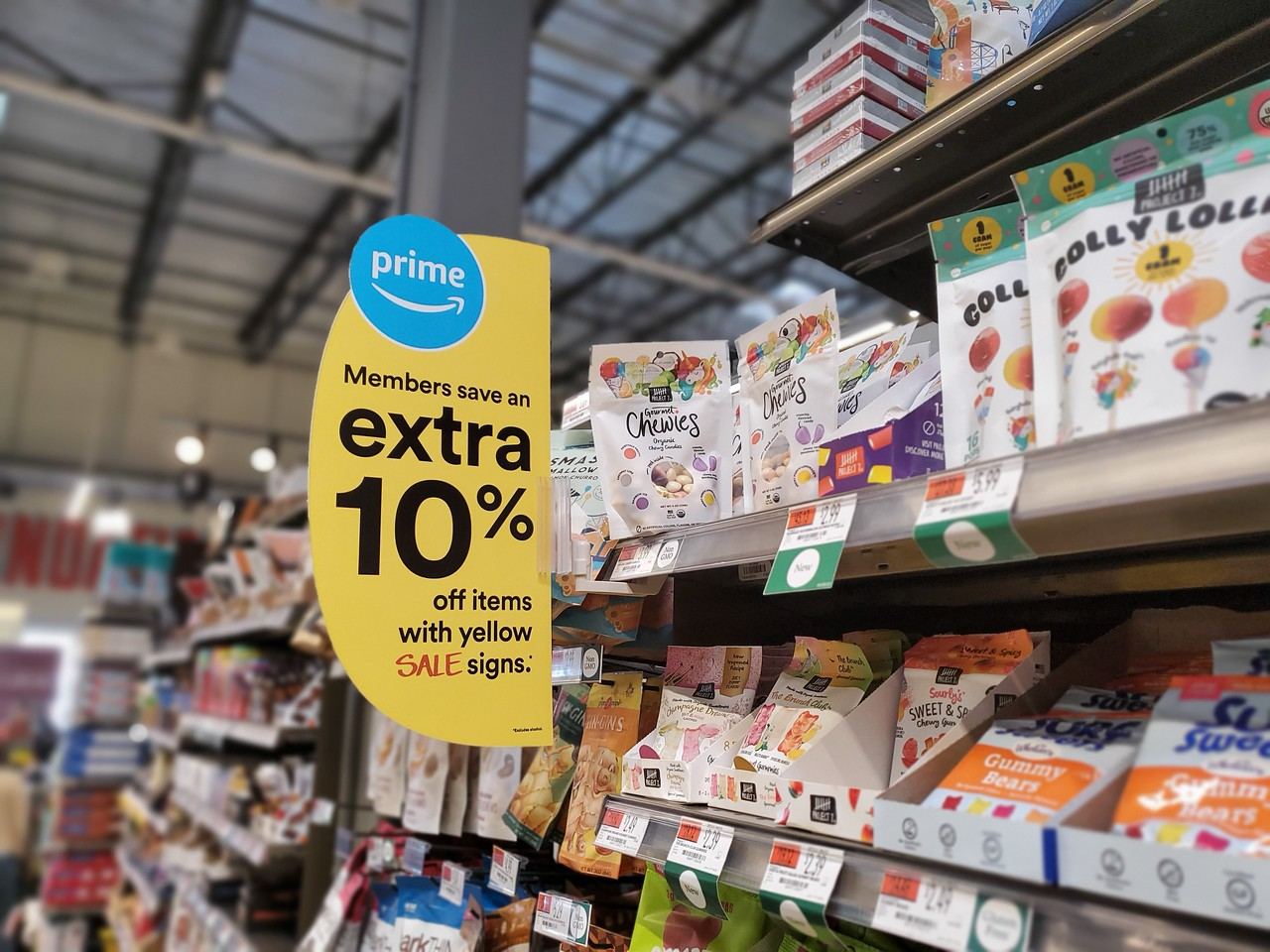 Extra 10% off for Prime members sign in store aisle