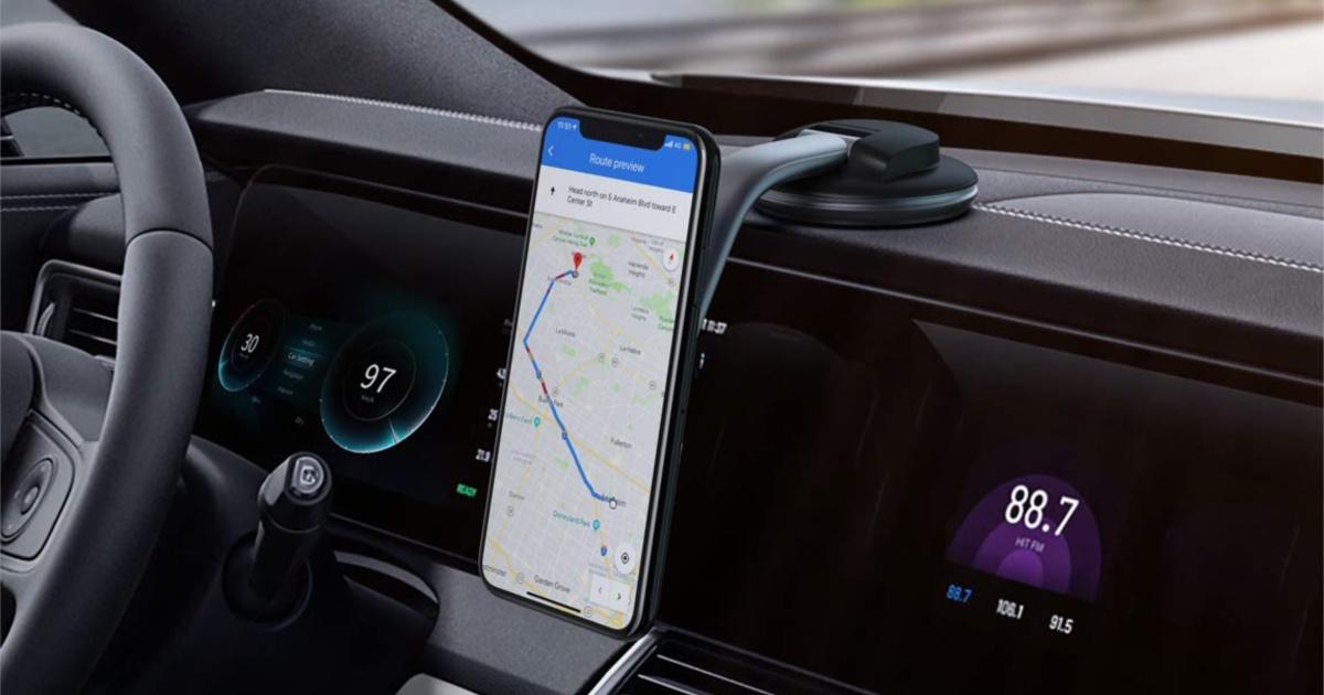 car phone mounted on car dashboard